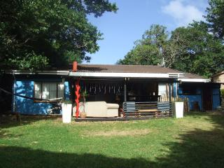 Nice 4 bedroom Port Edward House with Internet Access - Port Edward vacation rentals