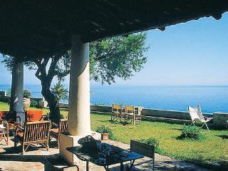 3 bedroom Villa in Capo Vaticano, Sicily, Sicily, Italy : ref 2038165 - Milazzo vacation rentals