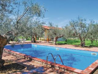 5 bedroom Villa in Sulmona, Abruzzo, Abruzzo, Italy : ref 2038189 - Tocco da Casauria vacation rentals
