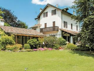 7 bedroom Villa in Torreglia, Veneto, Veneto Countryside, Italy : ref 2038205 - Torreglia vacation rentals