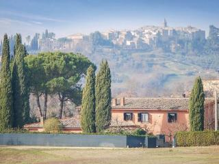 6 bedroom Villa in Tarano, Latium lazio, Latium Countryside, Italy : ref 2038762 - Forano vacation rentals