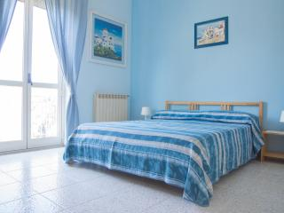 Casa Di Bello Affittacamere Camera Blu - Rodio vacation rentals