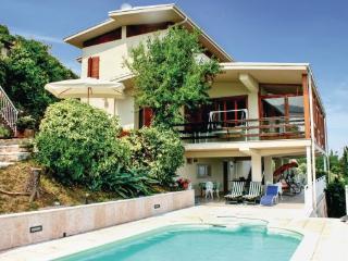 5 bedroom Villa in Pieve Tremosine, Northern Lakes, Lake Garda, Italy : ref 2038868 - Arias di Tremosine vacation rentals