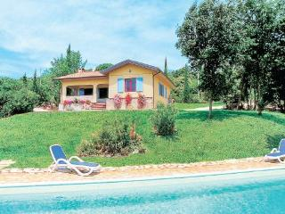 2 bedroom Villa in Monteverdi, Tuscany Coast, Etruscan Coast, Italy : ref - Monteverdi Marittimo vacation rentals