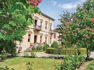 5 bedroom Villa in Oppeano Verona, Veneto, Veneto Countryside, Italy : ref - Roverchiara vacation rentals