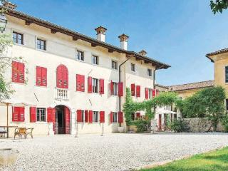 5 bedroom Villa in Mereto Di Capitolo, Friuli, Friuli Countryside, Italy : ref - Mereto di Capitolo vacation rentals