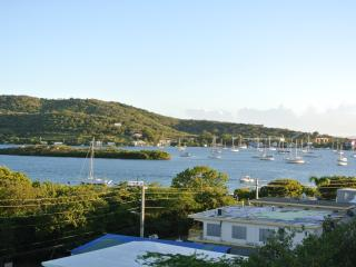 Charming Condo with Microwave and Balcony - Culebra vacation rentals