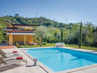 4 bedroom Villa in Carrara, Tuscany Coast, Versilia, Italy : ref 2039730 - Avenza vacation rentals