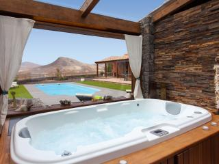 Beautiful Villa with Dishwasher and Garden - Fuerteventura vacation rentals