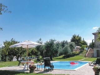 4 bedroom Villa in Avigliano Umbro, Umbria, Perugia, Italy : ref 2039936 - Avigliano Umbro vacation rentals