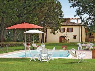 8 bedroom Apartment in Tegoleto, Tuscany, Arezzo / Cortona And Surroundi, Italy : ref 2039953 - Alberoro vacation rentals
