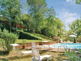 6 bedroom Villa in Stroncone, Umbria, Perugia, Italy : ref 2040340 - Stroncone vacation rentals