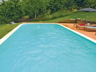 6 bedroom Villa in Barolo, Piedmont, Italy : ref 2040494 - Monchiero vacation rentals