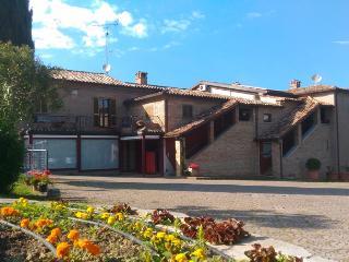 Residence Casa Vacanze Mulino del Mare- 15 km Mare - Saludecio vacation rentals