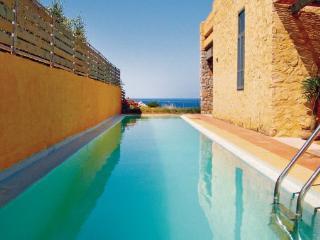 3 bedroom Villa in Livadia, Greek Islands, Crete, Greece : ref 2040996 - Keramoti vacation rentals