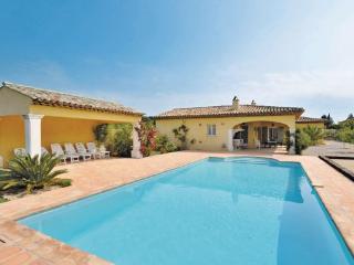 3 bedroom Villa in Plan De La Tour, Cote D Azur, France : ref 2041135 - Le Plan-de-la-Tour vacation rentals