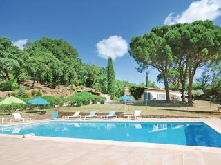 5 bedroom Villa in Grimaud, Cote D Azur, Var, France : ref 2041401 - La Garde-Freinet vacation rentals