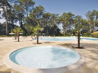 3 bedroom Villa in Ondres, Landes, France : ref 2041463 - Ondres vacation rentals
