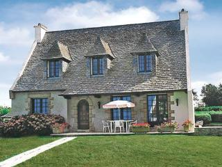 5 bedroom Villa in Locquirec, Brittany - Northern, Finistere, France : ref - Locquirec vacation rentals