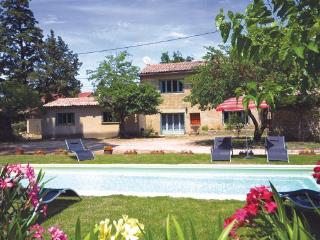 3 bedroom Villa in S.Quentin La Poterie, Languedoc roussillon, Gard, France - Saint-Quentin-la-Poterie vacation rentals