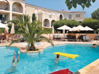 1 bedroom Apartment in Gassin, Cote D Azur, Var, France : ref 2041703 - Saint-Tropez vacation rentals