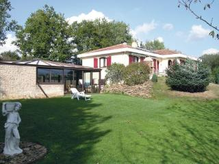 3 bedroom Villa in Le Champ Saint Pere, Pays De La Loire, Vendee, France : ref - Le Champ-Saint-Pere vacation rentals