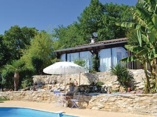 3 bedroom Villa in Condat, Aquitaine, Dordogne, France : ref 2041876 - Coly vacation rentals