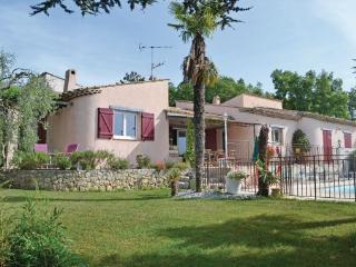 4 bedroom Villa in Saint Cezaire, Cote D Azur, Alps, France : ref 2041896 - Saint-Cezaire-sur-Siagne vacation rentals