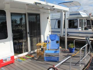 1 bedroom Houseboat with Waterfront in Naples - Naples vacation rentals