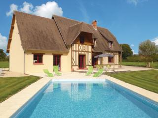 4 bedroom Villa in Lisieux, Normandy, Calvados, France : ref 2041957 - Antignac vacation rentals