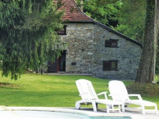 2 bedroom Villa in Lohitzun Oyhercq, Aquitaine, Pyrenees, France : ref 2041985 - Lohitzun-Oyhercq vacation rentals