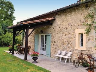 3 bedroom Villa in Tourette, Aquitaine, Dordogne, France : ref 2042022 - Vanxains vacation rentals