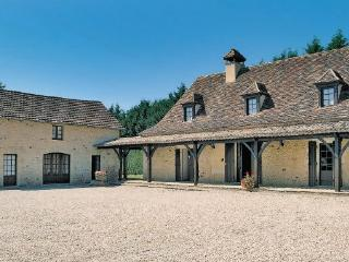 3 bedroom Villa in Cendrieux, Aquitaine, Dordogne, France : ref 2042032 - Cendrieux vacation rentals