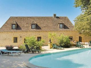 6 bedroom Villa in Cendrieux, Aquitaine, Dordogne, France : ref 2042089 - Cendrieux vacation rentals