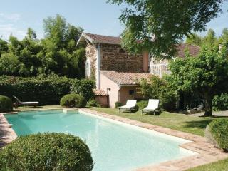 4 bedroom Villa in Arjuzanx, Aquitaine, Landes, France : ref 2042114 - Arjuzanx vacation rentals
