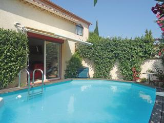 2 bedroom Villa in Vileneuve les Beziers, Languedoc roussillon, Herault, France - Villeneuve les Beziers vacation rentals