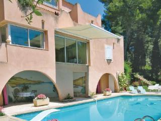 3 bedroom Apartment in Aix En Provence, Provence drOme ardEche, Bouches-du-rhone, France : ref 2042225 - Les Milles vacation rentals