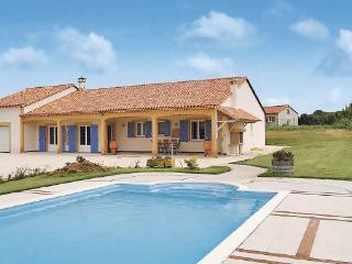 3 bedroom Villa in Chapelle Aubareil, Aquitaine, Dordogne, France : ref 2042230 - La Chapelle-Aubareil vacation rentals