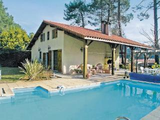 4 bedroom Villa in Messanges, Aquitaine, Landes, France : ref 2042268 - Messanges vacation rentals