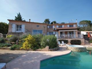 6 bedroom Villa in Saint Anastasie sur Issole, Cote D Azur, Var, France : ref 2042300 - Sainte-Anastasie-sur-Issole vacation rentals