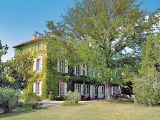 6 bedroom Villa in Escales, Languedoc roussillon, Aude, France : ref 2042414 - Castelnau-d'Aude vacation rentals