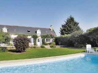 4 bedroom Villa in Beaumont La Ronce, Centre loire Valley, Indre et loire, France : ref 2042448 - Beaumont-la-Ronce vacation rentals