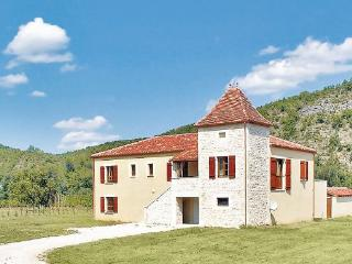 3 bedroom Villa in Luzech, Midi pyrEnEes, Lot, France : ref 2042557 - Luzech vacation rentals