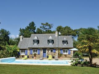 3 bedroom Villa in Fouesnant, Brittany - Northern, Finistere, France : ref - Clohars-Fouesnant vacation rentals