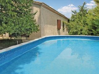 4 bedroom Villa in L Isle Sur La Sorgues, Provence drOme ardEche, Vaucluse - Velleron vacation rentals