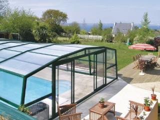 8 bedroom Villa in Lanveoc, Brittany - Northern, Finistere, France : ref 2042650 - Lanveoc vacation rentals