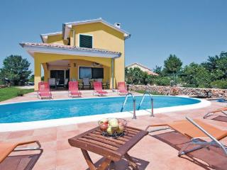 4 bedroom Villa in Krk, Kvarner, Croatia : ref 2042705 - Garica vacation rentals
