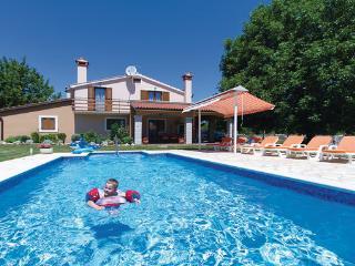 3 bedroom Villa in Zminj, Istria, Croatia : ref 2042728 - Prhati vacation rentals