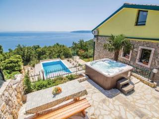 4 bedroom Villa in Opatija, Kvarner, Croatia : ref 2042735 - Medveja vacation rentals