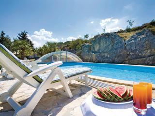3 bedroom Villa in Drnis Siveric, Northern Dalmatia, Drnis, Croatia : ref - Drnis vacation rentals